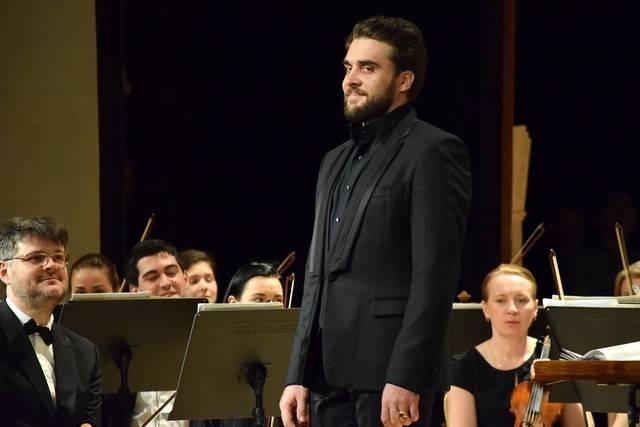 Ансамбль Мариинки дал воВладикавказе концерты благотворительный ианшлаговый
